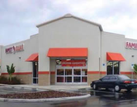 Family Dollar – NNN – Vero Beach, FL - $2,084,054