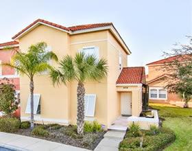 Apto. 4 Dormitórios em Condomínio Fechado - mobiliado com piscina particular - $189,900