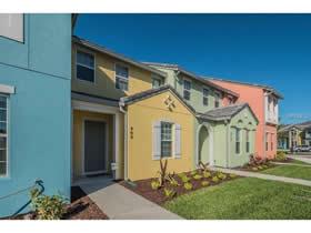 Casa Gemeada 3 quartos mobiliado com piscina particular em Festival Resort - Champions Gate $300,000