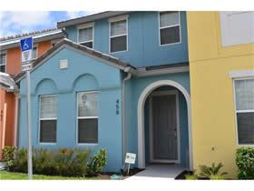 Townhouse Novo 4 Dormitorios Mobiliado com Piscina - 10 minutos ate Disney - Orlando $340,000
