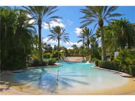 Townhouse com 4 dormitórios (2 suítes) mobiliado no Regal Palms Resort - Orlando $123,990