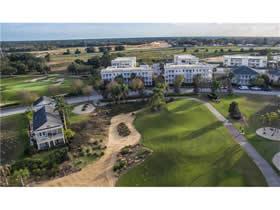 Apartamento com 3 quartos no Reunion Resort Com Garagem Fechada $169,600