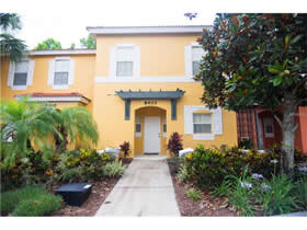 Townhouse Mobiliado 3 Dormitorios no Emerald Island Resort - Kissimmee $158,000
