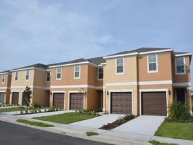 Novo Townhouse - 3 dormitorios com garagem fechado perto do Disney - Orlando - $195,999