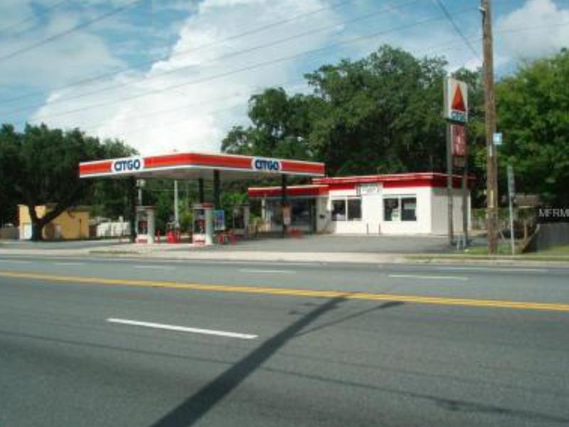 Posto de Gasolina e Loja de Convenianca A Venda em Leesburg, Florida $600,000.00