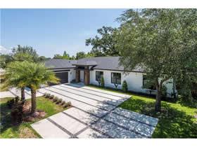 Nova Casa de Luxo no Condomínio Via Merano - Winter Park - Orlando $874,900