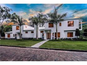 Casa de Luxo Nova no Forrest Hills Condomínio - Orlando $1,950,000