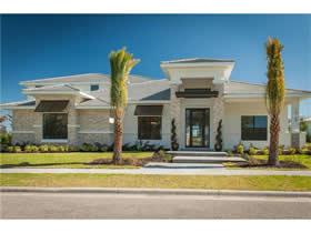 Casa de Luxo em frente a lagoa no condomínio Lakes of Windermere - Orlando $1,350,000