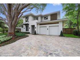 Nova Casa de Luxo com Piscina no Flora Park - Winter Park - Orlando $1,250,000