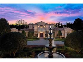 Castelinho em frente a lagoa em Keenes Point - Windermere - Orlando $3,995,000