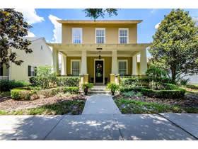 Casa com Piscina A Venda em Celebration - Orlando $729,800