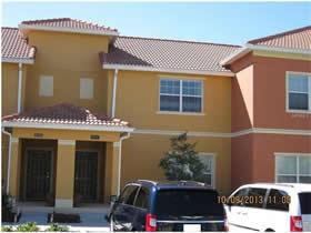 Casa Geminada Mobiliado 4 dormitórios com piscina em frente a lagoinha - Kissimmee – Orlando - $229,900