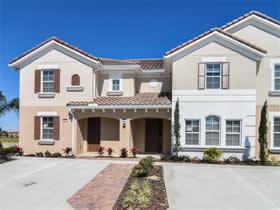 Casa Geminada Nova 4 dormitorios em Condominio Fechado no Solterra Resort – Orlando - $281,695
