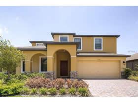 Casarão 5 Dormitórios com piscina - construído em 2013 - Davenport - Orlando - $299,900