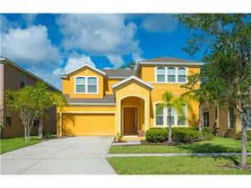 Casa Mobiliado com Piscina construído em 2012 - Kissimmee - Orlando - $310,000