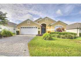 Casa Bonita Com Piscina e Moveis - Pronto Para Fazer Aluguel Temporada - Orlando - $245,000