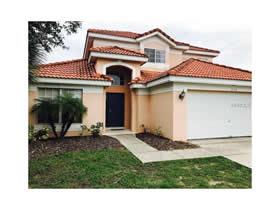 Casa Bonita em Condomínio Fechado - todo mobiliado com piscina - 5 quartos - $235,500