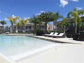 Magic Village Resort Casa em Frente a Lagoa - 4 dormitorios tudo mobiado Com Garagem Fechado - $425,000