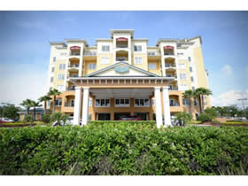 Lake Buena Vista Resort Village Apartamento Mobiliado de 3 Quartos - Orlando - $259,000