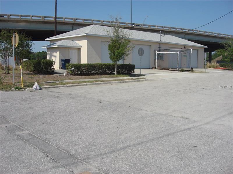 Galpão Industrial A Venda em Auburndale, Florida perto de Orlando - $160,000