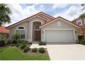Casa De Férias Todo Mobiliado Com Piscina em Condomínio Fechado - Davenport - Orlando - $210,000