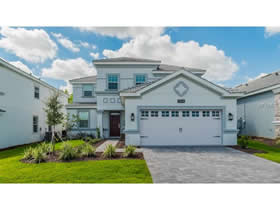 Casa De Luxo todo Mobiliado no Champions Gate Resort - Maior Retorno Em Orlando - $469,900