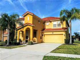 Casa Mobiliado de 6 Dormitórios com Piscina no Bellavida Resort - Kissimmee - $374,000