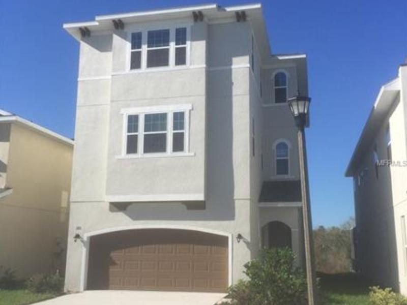 Casa Triplex Nova com piscina perto de Disney - $331,215