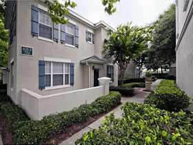 Apartamento a Minutos de Walt Disney World e Downtown Disney $235,000
