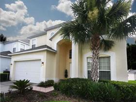 Mansão com 7 quartos e piscina em Kissimmee - Orlando $395,000