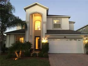 Casa Impecável de 5 quartos construída em 2008 - Orlando $299,000