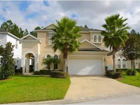 Casarão de 5 quartos com piscina - pronta para férias e aluguel temporário em Davenport - Orlando $299,900