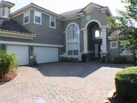 Mansão com Piscina em Orlando $459,950
