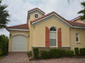 Casa mobiliada com piscina em Davenport - Orlando $179,000