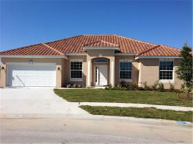 Casa Linda com Piscina Particular em Condominio Resort - Orlando $390,580