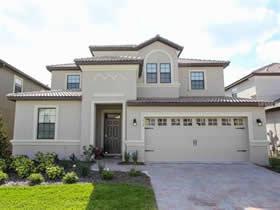 Casar�o Mobiliado com piscina particular em Condominio Resort Champions Gate - Orlando $550,000