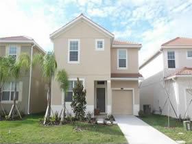 Casa de Luxo com piscina pronto para férias ou aluguel temporário em Kissimmee - Orlando $399,390