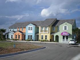 Casa Nova de 3 quartos com Piscina Particular dentro do Festival Resort Orlando $238.900