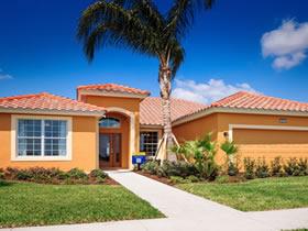 Nova Casa de Luxo com Piscina Particular dentro Solterra Resort - Kissimmee - Orlando - 5 quartos $379,000