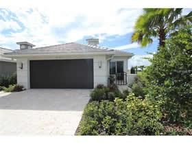 Nova Casa De Luxo em condominio Fechado - Davenport/Orlando $295,000
