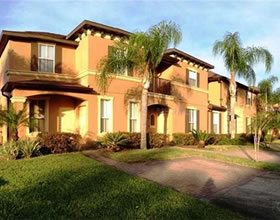 Townhouse Mobiliado 4 dormitorios no Regal Palms Resort - Orlando - $125,900