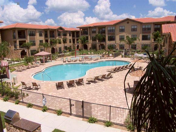 Apartamento Mobiliado 4 Dormitorios em Beella Piazza Resort - Davenport - Orlando - $150,000
