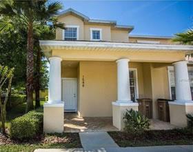 Melhor negócio em Orlando - Townhouse com 3 suites e Piscina Particular - $139,000