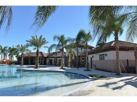 Casa Nova com Piscina Particular em Solterra Resort - $367,500