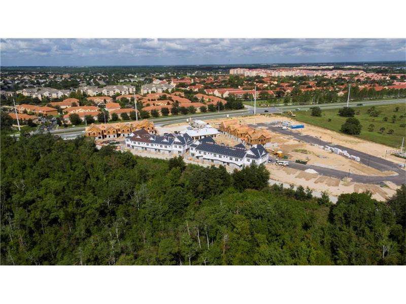 Em Construção - Summerville Resort Townhouse - 3 dormitórios - perto de Disney - $269,000