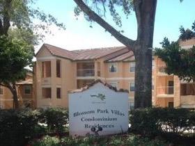 Apto Reformado - 2 dormitórios - perto de Disney World em Kissimmee - Orlando - $102,750