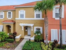 Townhouse Mobiliado Com Piscina Particular Encantada Resort - Orlando $169,900